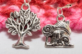 Tree and cottage stitch markers